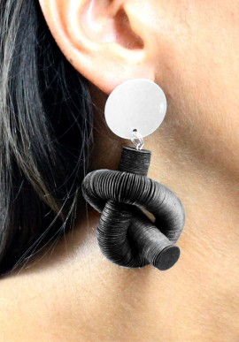 "Earrings ""Nodo"" color black"