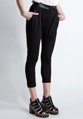 Long trousers black