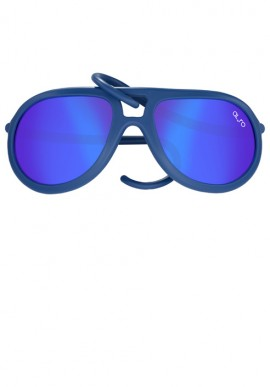 Sunglasses with mirror lenses colored