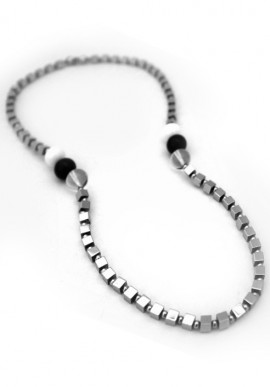 "Hematite necklace ""Picasso"""
