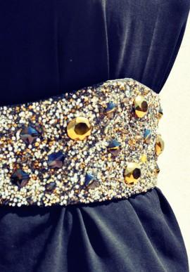 Cintura con cristalli e perle