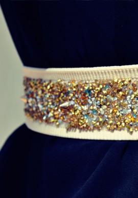 Belt with basic beige and gold silver crystals