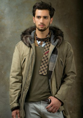 Men's coat with cap
