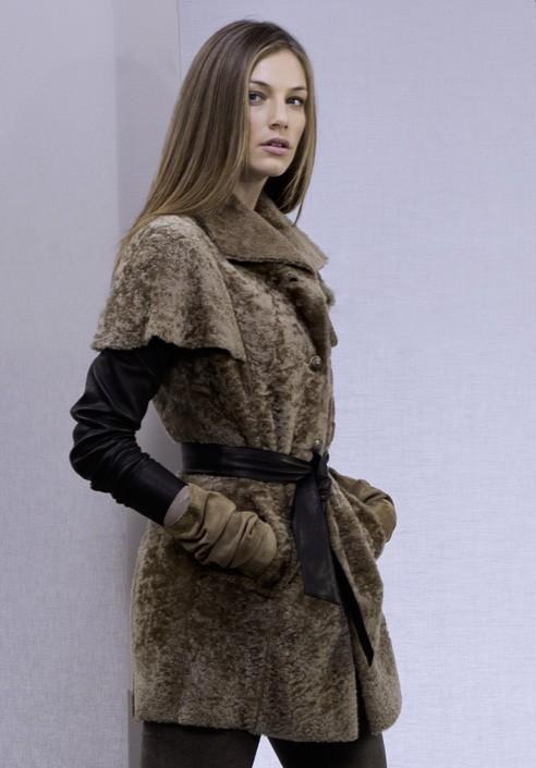 another chance 8b76e 07888 Elegante e senza tempo giacca da donna. Acquistala online su Dezzy.it