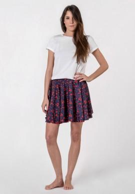 Skirt sail print
