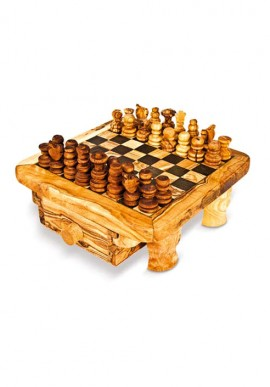 Rustic chessbord + chess