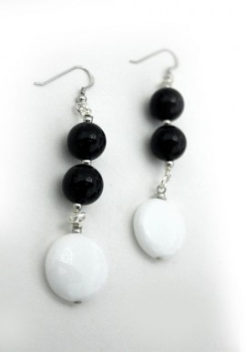 "Onyx Earrings ""Luna"""